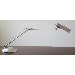 Lampa na biurko do manicure
